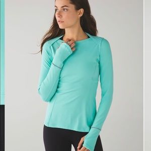 Lululemon Kanto Catch Me Long Sleeve in Menthol